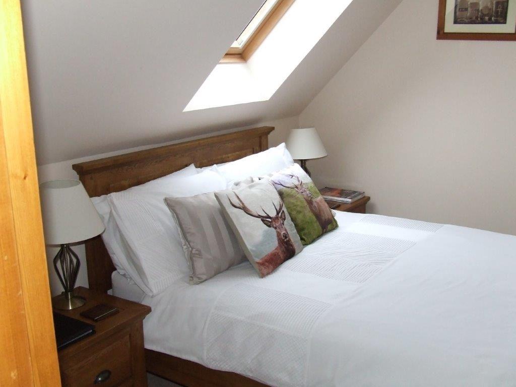Jura bedroom