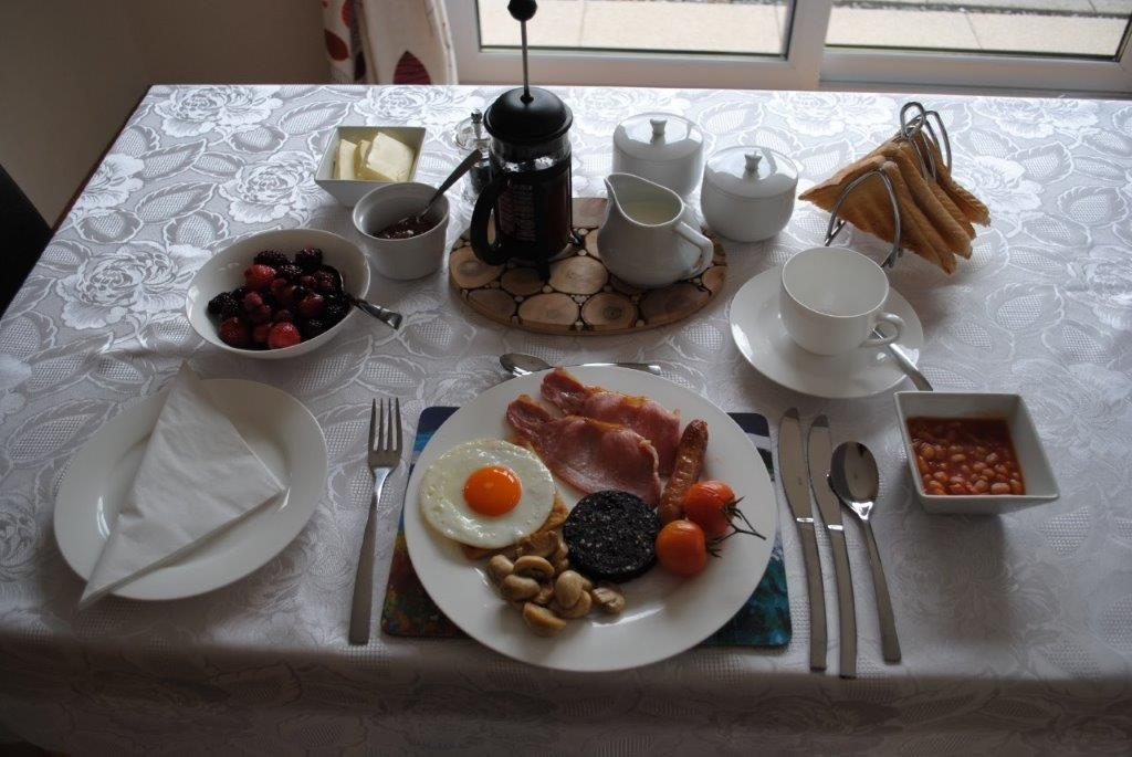 Full Scottish breakfast with all the trimmings